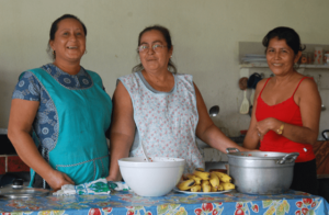 Cooks in the South Pacific of Costa Rica